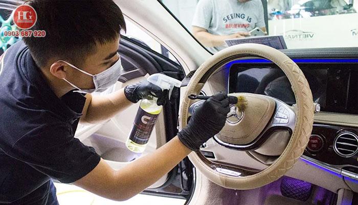 vệ sinh nội thất xe ô tô giá rẻ tại phan thiết